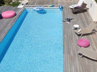 Superbe villa avec piscine chauffée et vue excepti