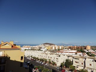 Lovely sea view apartment in Los Cristianos