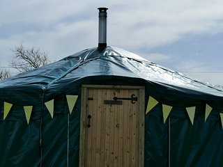 Wych Elm Glamping, Willow Yurt