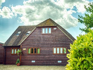 Clematis cottages: The Oak Barn, Stamford and Rutland