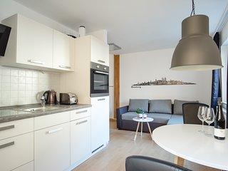 Boardinghaus / möbliertes Wohnen auf Zeit / Ferienhaus WE MAKE YOU FEEL AT HOME