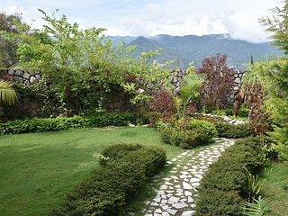 Oxygen Hill View Garden Home