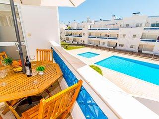 Santa Luzia Residence Apartamento com Vista Piscina e 2 Quartos