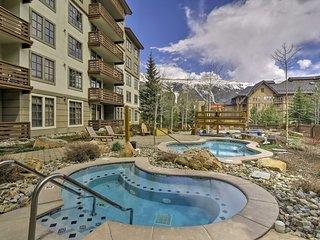 NEW! Copper Mountain Condo w/Hot Tub - Ski-in/Out!