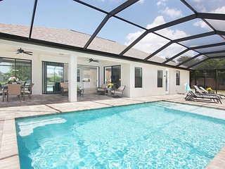 SWFL Rentals - Villa Carmen - Brand new Gulf access home w/southern exposure