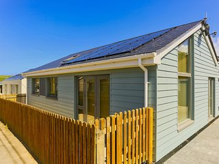 CROYDE COCKLESHELL | 3 Bedrooms - 3 BEDROOM BUNGALOW IN PRIME POSITION
