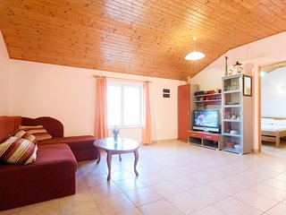 Family apartment close to beach with terace