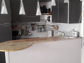 Studio apartment in the center of Cannes with Internet, Air conditioning, Lift,