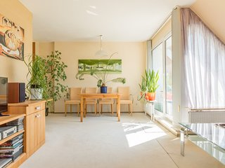 Apartment in Hanover with Internet, Parking, Balcony, Washing machine (986242)