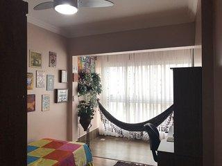 Quarto Duplo em Apartamento Aconchegante