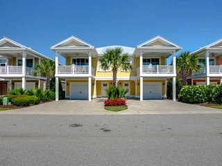 NEW TO RENTAL! 2.5 Acre Pool Complex, Swim Up Bar, Wifi,N BEACH PLANTATION TOWNH