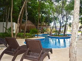 Casa Paraiso (NEW 4BR Vacation Home in Puerto Morelos, MX)