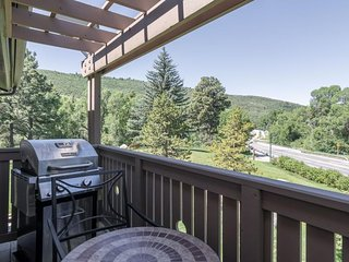 Ideally located mountain retreat near skiing, golf, fishing, and more