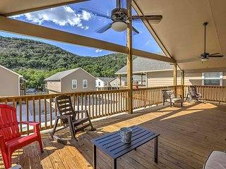 4BR New Braunfels House w/ Deck - Near River!