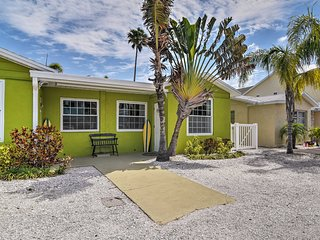 NEW-Redington Shores Home w/Dock on Intracoastal!