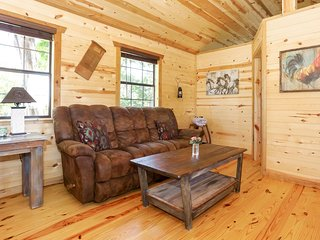 God's Country Cabins - Faith | Fredericksburg Vacation Rental