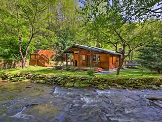 Bryson City Cabin w/ Fire Pit on Coopers Creek!