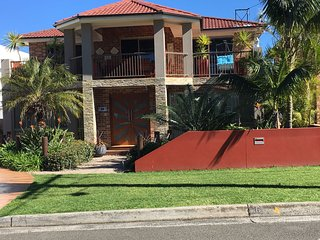 Sea Vista Shellharbour. The accomodation entrance and parking is at the back of the property.