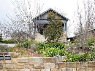 Modern Cottage in Historic Leura