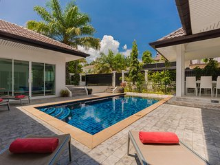 Private 4 bedrooms Pool Villa Green area Phuket