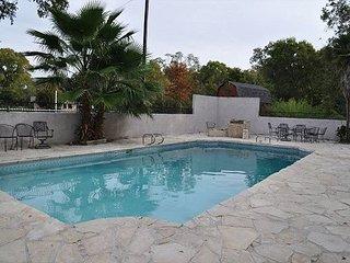 Star of Texas - Area most popular, pool, sleeps 30