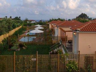'Estia' Modern Villa, a step from the sandy beach