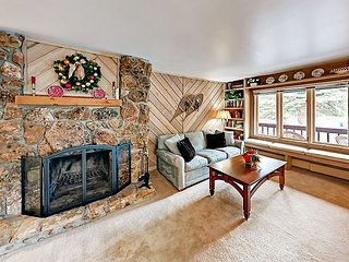 All Seasons Condo w/ Balcony at Golden Peak - Walk to Gondola & Vail Village