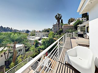 Chic Hollywood Hills 2BR w/ Big Views, Pool & Balcony - Near Hollywood Bowl
