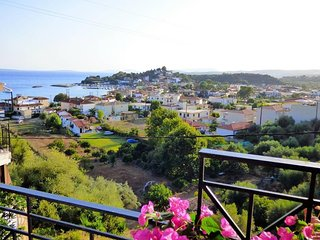 'Panoramic sea view studios'150m from the beach