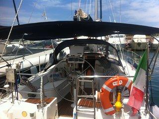 b&b Sailing