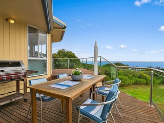 Outdoor entertaining, split level deck with great sea views