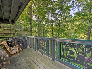 Pigeon Forge Cabin - 5 Min to Parkway & The Island