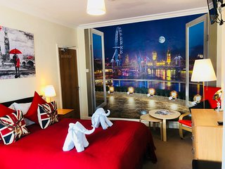 Room in Harrow Self Catering RP4