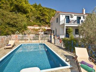 3 bedroom Villa in Stafylos, Thessaly, Greece : ref 5625435