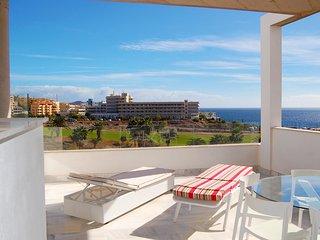 Unit 4 Amarilla Golf Villas - luxury 4 bed penthouse with stunning views
