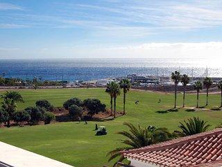Amarilla Golf Villas –garden studio with terrace and lovely views