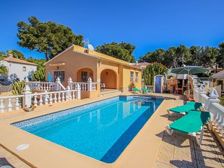Sofia - holiday home with private swimming pool in Moraira