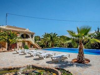 Diana - pretty holiday property with garden and private pool in Benissa