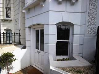 Boutique basement flat centrally located for discovering Deal