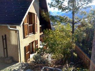Villa à Embrun, Lac de Serre-Ponçon, Hautes-Alpes, 4 CH, 8 P.