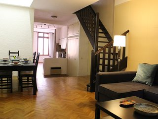 Spacious (138 m2) City Centre Duplex Apartment with 3 bedrooms and garage.