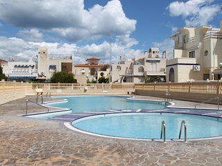 La Mata First floor apartment with communal pool