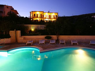 C20412 Villa Apartments - superb location with panoramic sea views, pool, tennis