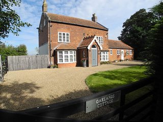 Oaklands Cottage, Broome, Norfolk