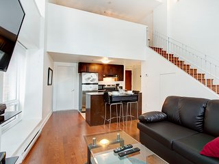 314 MOS . CHARMING ONE BEDROOM CONDO 2