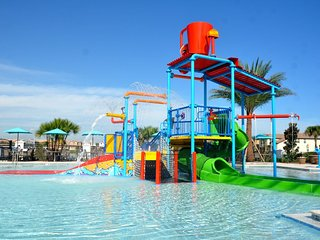 N7 - Free Pool Heating* Water Park, Lazy River, Arcade, Bar, Gym * Side by Side