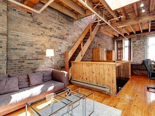 St-Pierre Mike · LOFT IN OLD MTL'S BEST KEPT SECRET