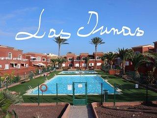 Apto SOLEDAD reformado moderno con piscina & central!