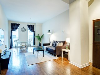 107 Lamontagne . Luxurious One Bedroom Condo in Prime Location