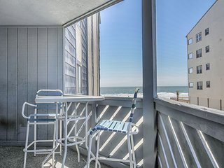 Beautiful Ocean View Condo/3 Bedroom/3 Bath Sleeps 8 in lovely Garden City SC!!!